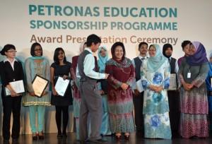 Petronas-03