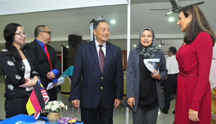 Despite Misgivings About Food, Kazakhstan Students Impressed With Malaysia